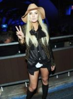 Lindsay Lohan - Los Angeles - 16-10-2011 - Lindsay Lohan perde l'aereo e rischia di non andare in tribunale