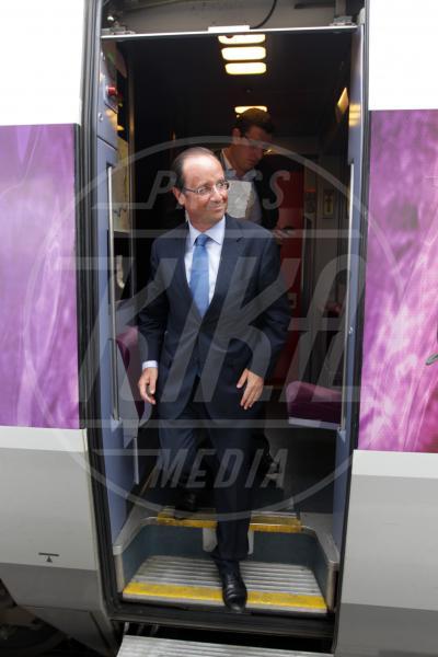 François Hollande - Tours - 17-10-2011 - Star come noi: Edoardo Bennato nella metro napoletana