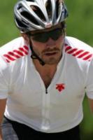 Jake Gyllenhaal - Malibu - 07-07-2006 - Jake Gyllenhaal sportivo usa il ciclismo come 'attivita' mentale'