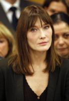 Carla Bruni - Parigi - 13-05-2011 - Carla Bruni è diventata mamma di una bambina