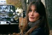 Carla Bruni - Parigi - 08-04-2010 - Carla Bruni è diventata mamma di una bambina