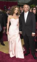 Cris Judd, Jennifer Lopez - Hollywood - 24-03-2002 - Jennifer Lopez scoppia in lacrime sul palco cantando canzoni d'amore