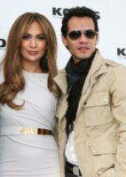 Marc Anthony, Jennifer Lopez - Los Angeles - 16-07-2011 - Jennifer Lopez scoppia in lacrime sul palco cantando canzoni d'amore