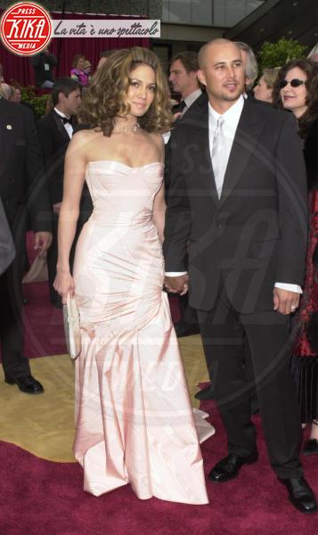 Cris Judd, Jennifer Lopez - Hollywood - 24-03-2002 - Auguri Jennifer Lopez: amori, successi e miracoli della diva