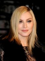 Madonna - West Hollywood - 28-02-2011 - Madonna fischiata alla prima londinese di W.E.