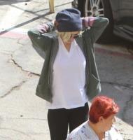 Lindsay Lohan - Los Angeles - 27-10-2011 - Lindsay Lohan ha trovato l'origine dei suoi demoni: Los Angeles