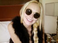 Lindsay Lohan - Lindsay Lohan ha di nuovo i denti bianchi
