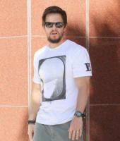 Mark Wahlberg - Beverly Hills - 31-10-2011 - Mark Wahlberg si scusa dopo i commenti da macho sul volo United 93