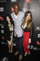 Lamar Odom, Khloe Kardashian, Kim Kardashian - Sydney - 02-11-2011 - Khloe Kardashian a Dallas col marito