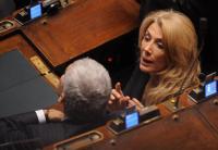 Gabriella Carlucci - Roma - 09-11-2011 - Sinistra, destra o centro? Lo schieramento politico dei vip