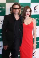"Angelina Jolie, Brad Pitt - Tokyo - 09-11-2011 - Angelina Jolie tiene il suo ""lato oscuro"" per Brad Pitt"