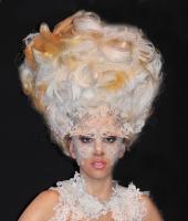 Lady Gaga - Hollywood - 11-11-2011 - Ricky Martin è l'ultima delle star a restare...di cera!