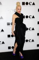 Gwen Stefani - Los Angeles - 12-11-2011 - Kirsten Dunst griffata Rodarte al Moca Gala 2011