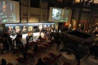 Mole Antoneliana - Torino - 13-11-2011 - Claudio Santamaria e' il menestrello della Mole Antonelliana