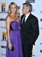 Stacy Keibler, George Clooney - Beverly Hills - 25-10-2011 - George Clooney e Stacy Keibler passano sempre le feste in Messico