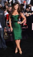 Jennifer Love Hewitt - Los Angeles - 15-11-2011 - La bella e la bestia: ogni star ha la sua parte sciatta!