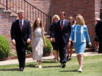 Hillary Clinton, Chelsea Clinton, Bill Clinton - Little Rock - 09-07-1992 - Hillary Clinton:
