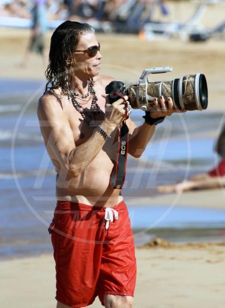 Steven Tyler - Maui - 16-11-2011 - Chi di macchina fotografica ferisce…