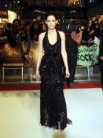 Kristen Stewart - Londra - 17-11-2011 - Robert Pattinson fuori con Sarah Roemer, ma Kristen Stewart non deve essere gelosa