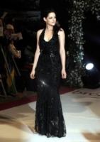 "Kristen Stewart - Londra - 17-11-2011 - Kristen Stewart si è ""avvicinata"" a Chris Hemsworth sul set di Biancaneve"