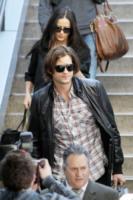 Demi Moore, Ashton Kutcher - Los Angeles - 18-11-2011 - Demi Moore annuncia ufficialmente il divorzio da Ashton Kutcher