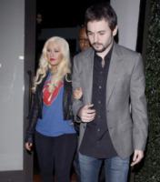 Matt Rutler, Christina Aguilera - LA - 18-11-2011 - Christina Aguilera sta bene nella sua pelle