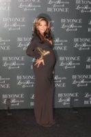Beyonce Knowles - New York - 20-11-2011 - Beyonce ancora incinta a Capodanno secondo People