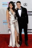 Selena Gomez, Justin Bieber - Los Angeles - 20-11-2011 - Selena Gomez avrà un fratello