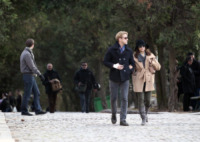 Ryan Gosling, Eva Mendes - Parigi - 27-11-2011 - Ryan Gosling ed Eva Mendes visitano la parte macabra di Parigi