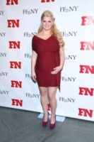 Jessica Simpson - New York - 30-11-2011 - Morto il produttore di Jessica Simpson dopo la sparatoria nel cuore di Hollywood