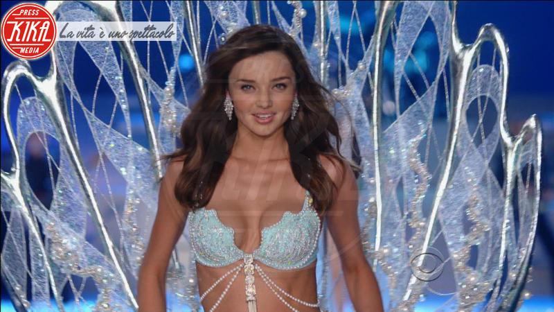 Miranda Kerr - New York - 29-11-2011 - Victoria's Secret Fantasy Bra: i reggiseni più costosi
