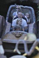 """Deacon Reese, Jim Toth, Ava Phillippe, Reese Witherspoon - Anaheim - 26-11-2011 - Reese Witherspoon """"salvata"""" da Jim Toth al primo incontro"""