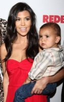 Mason Disick, Kourtney Kardashian - Los Angeles - 30-11-2011 - Kourtney Kardashian e' di nuovo incinta