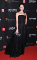 Felicity Jones - Beverly Hills - 30-11-2011 - Felicity Jones, la teoria… dell'eleganza chic!
