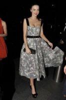 Miranda Kerr - Sydney - 02-12-2011 - Miranda Kerr, un angelo anni '50 al party del nuovo flagship store di Louis Vuitton