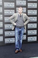 Guy Ritchie - Roma - 11-12-2011 - Sherlock Holmes vince al botteghino ma i sequel di Natale perdono terreno