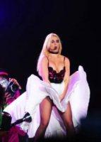 Britney Spears - Londra - 31-10-2011 - Britney Spears vicina a firmare il contratto per X Factor