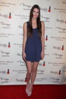 """Kendall Jenner - Las Vegas - 16-12-2011 - Kendall Jenner """"imbarazzata"""" da sua madre Kris Jenner"""