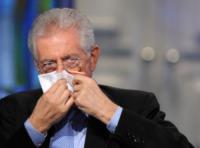 Mario Monti - Roma - 06-12-2011 - Persone comuni e star hanno un nemico comune