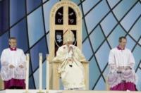 Papa Benedetto XVI - Cofton Park - 19-09-2010 - Persone comuni e star hanno un nemico comune