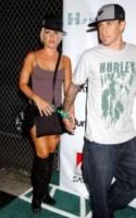 Carey Hart, Pink - Hollywood - 02-08-2006 - Il J'accuse di Pink contro l'ex nel suo nuovo video