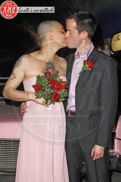 """Barry Herridge, Sinead O'Connor - Los Angeles - 27-12-2011 - Sinead O'Connor è tornata a essere """"ragazzo e ragazza"""" con il marito"""