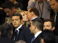 Barbara Berlusconi, Silvio Berlusconi - Milano - 15-05-2011 - McDonald's: al tavolo c'è Silvio Berlusconi