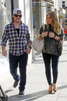 Mike Comrie, Hilary Duff - Beverly Hills - 29-12-2011 - Il marito di Hilary Duff Mike Comrie si ritira dalla Nhl