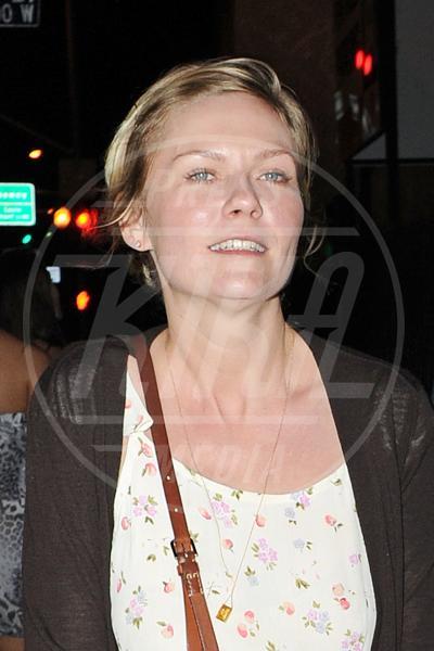 Kirsten Dunst - Los Angeles - 21-04-2011 - Il Make-up, il migliore amico delle star