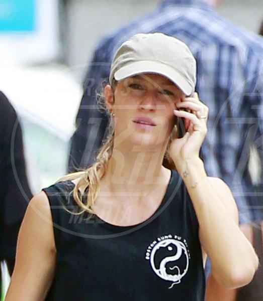 Gisele Bundchen - Boston - 23-09-2011 - Il Make-up, il migliore amico delle star