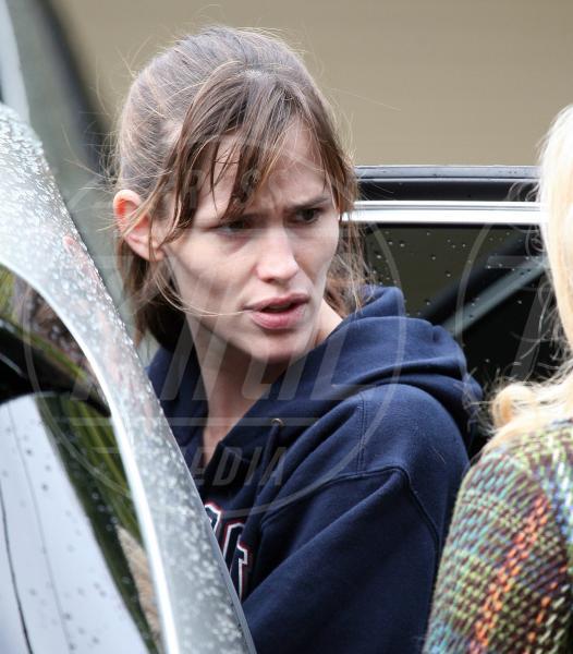 Jennifer Garner - Brentwood - 11-10-2011 - Il Make-up, il migliore amico delle star