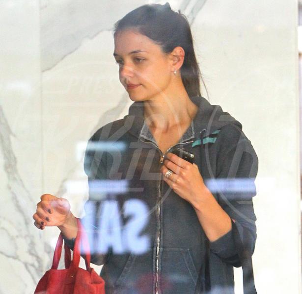 Katie Holmes - Beverly Hills - 28-12-2011 - Il Make-up, il migliore amico delle star