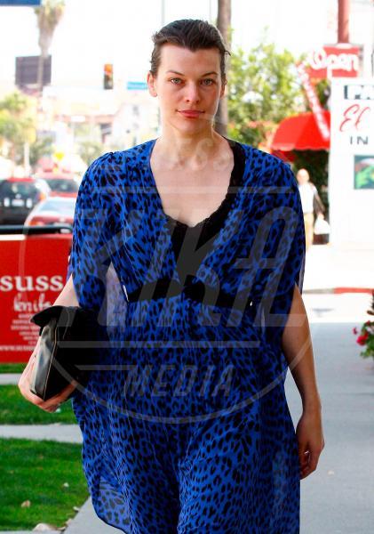 Milla Jovovich - Beverly Hills - 04-04-2009 - Il Make-up, il migliore amico delle star