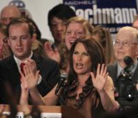 Michele Bachmann - Bloomington - 02-11-2010 - Miley Cyrus si dà alla satira politica con We Did Stop
